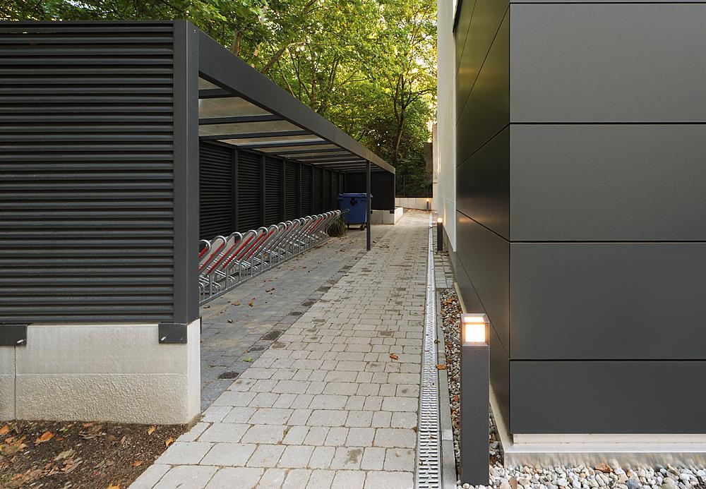 Berlinicke Str - Innen 4  (© Dölle)